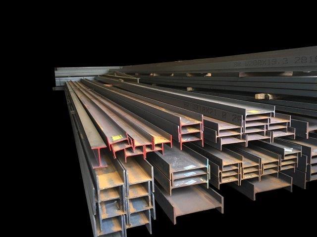 Viga de ferro estrutural